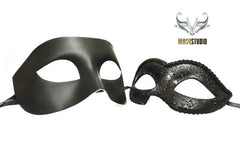 Classic Venetian Couple Black Masquerade Mask Set B