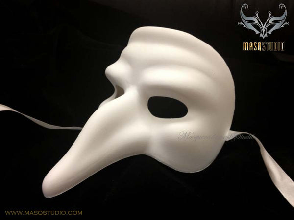 Blank White Doctor Short Nose Masqurade Mask Man