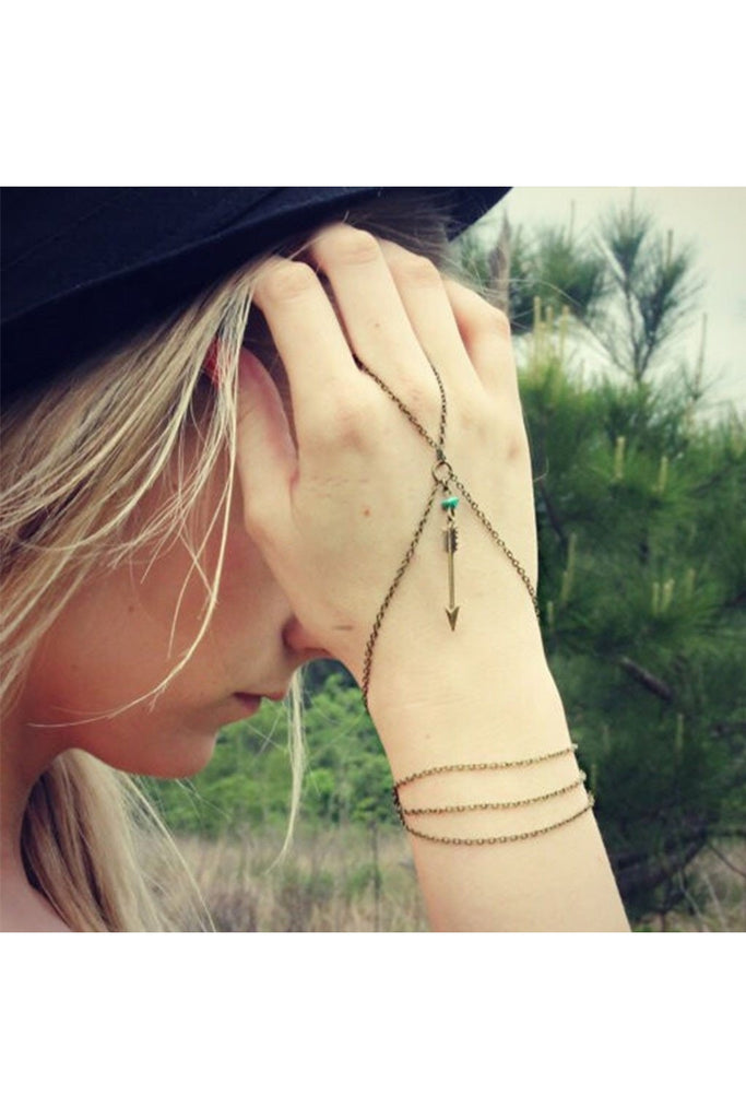 Arrow Hand Chain - Fierce Finds Mobile Boutique  - 1