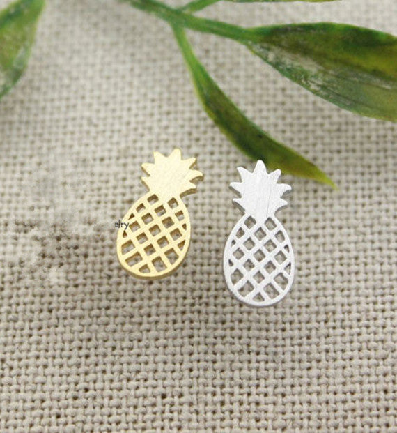 Pineapple Necklace -Stainless Steel - Fierce Finds Mobile Boutique  - 4