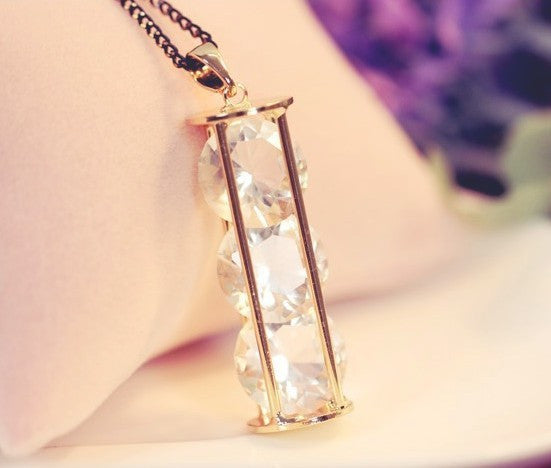 Hourglass of Crystal Necklace - Fierce Finds Mobile Boutique  - 4