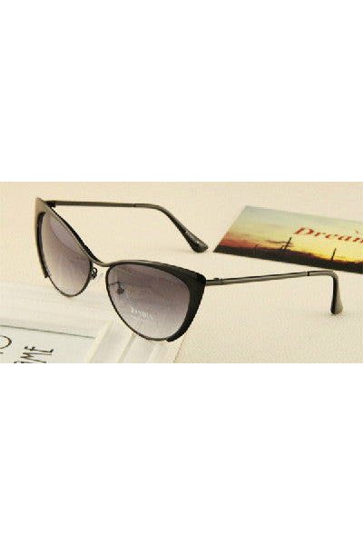 Cat Eye Tinted Sunglasses - Fierce Finds Mobile Boutique  - 13