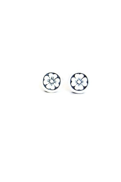 Handcrafted Flower Studs - Fierce Finds Mobile Boutique  - 5