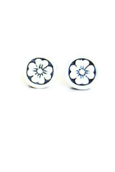 Handcrafted Flower Studs - Fierce Finds Mobile Boutique  - 4
