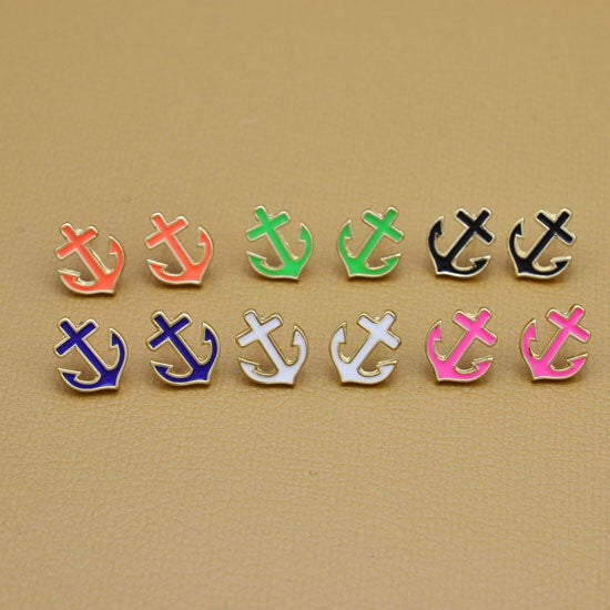 Dainty Anchor Stud Earrings - Fierce Finds Mobile Boutique  - 5