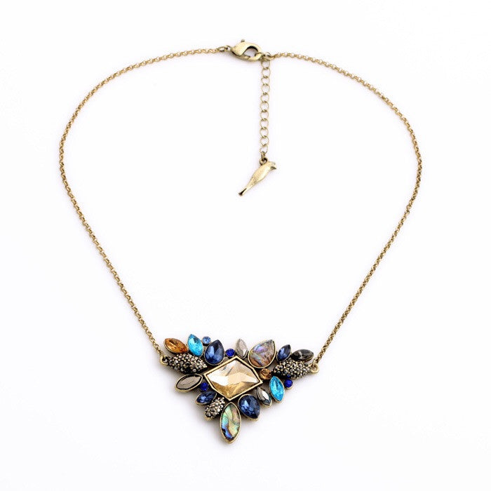 Elegant Cluster Crystal Necklace - Fierce Finds Mobile Boutique  - 4