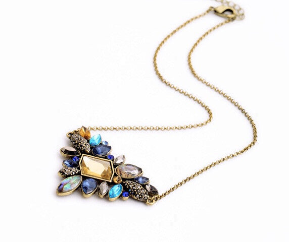 Elegant Cluster Crystal Necklace - Fierce Finds Mobile Boutique  - 5