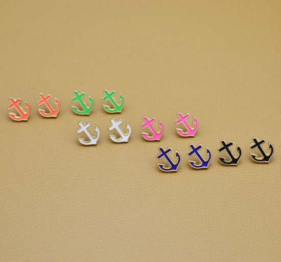 Dainty Anchor Stud Earrings - Fierce Finds Mobile Boutique  - 4