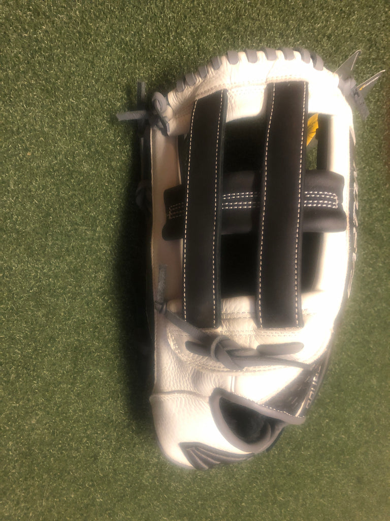 Easton Slow-Pitch Loaded 14 inch Softball Glove LHT - Complete Game Pro Shop