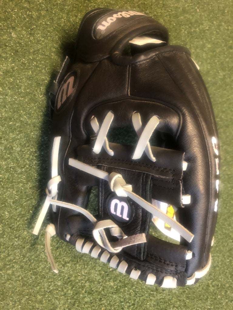 Wilson A450 Dustin Pedroia 10.75 inch Youth Baseball Glove - Complete Game Pro Shop
