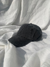 Load image into Gallery viewer, Vintage Cap - Grey