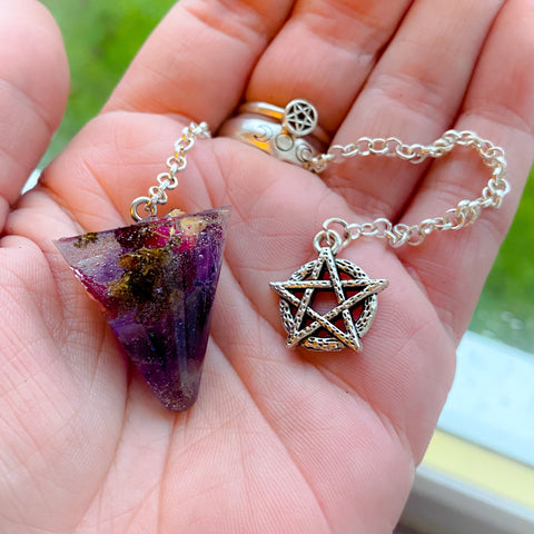 Amethyst Hedgewitch Pendulum ~ WitchCrafted