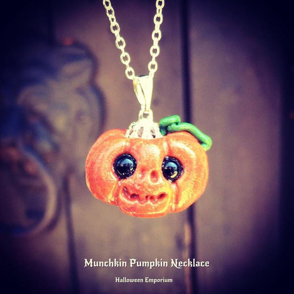 Jewellery Luck / Chain Munchkin Pumpkin Necklace ~ Onyx Crystal Eyes