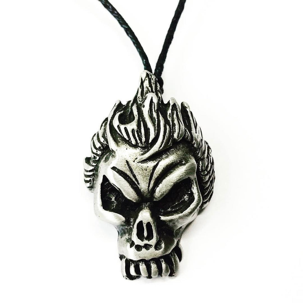 Jewellery,Witch & Spell Craft Chain Flaming Skull Necklace ~ Pewter