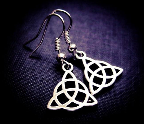 Jewellery,Witch & Spell Craft Triquetra Earrings