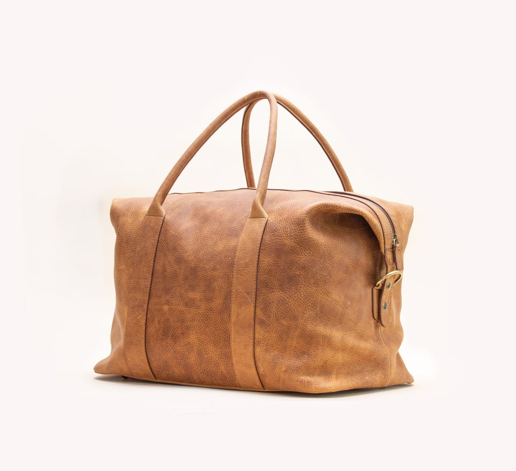 We're thrilled to bring you DAS (very proper) BAG