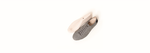 Top view of the Kitten Testicle Grey Atheist shoe, made of soft nubuck leather