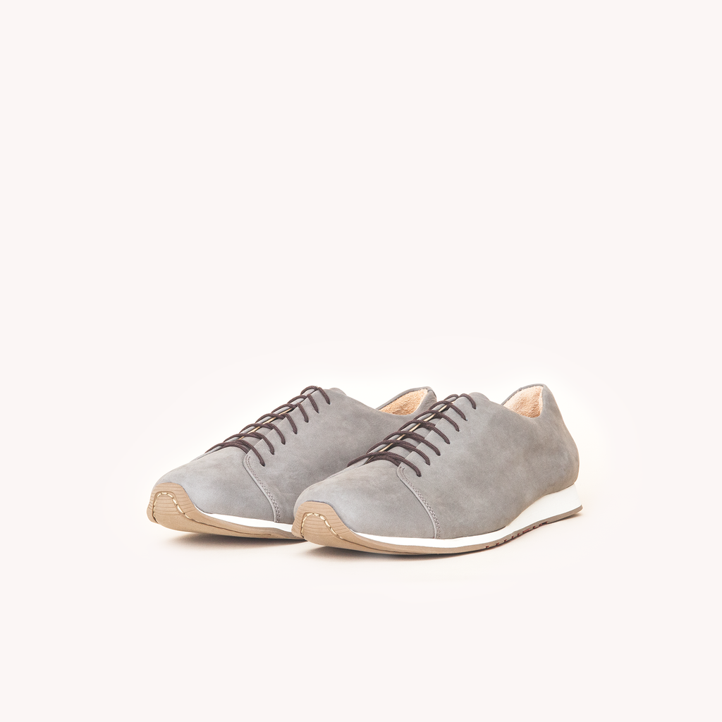 Atheist shoes - Das Sneaker Kitten Grey. Ridiculously comfortable leather sneakers, designed in Berlin and handmade in Portugal