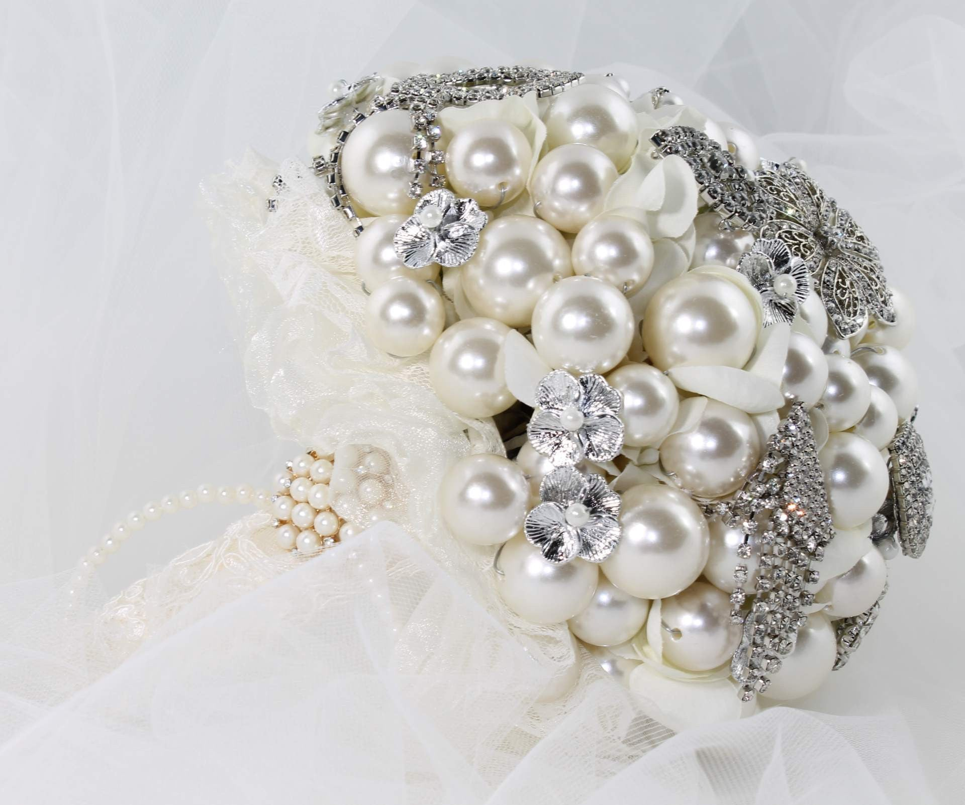 Bridal Brooch Bouquet Handmade Silver with Faux Pearls - Bride Glamor
