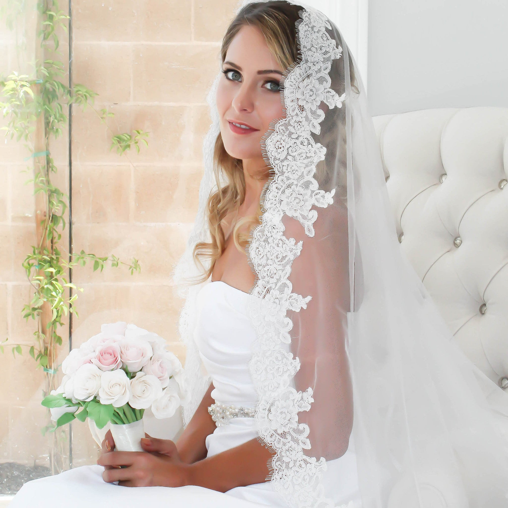Wedding Veil Hand-Sewn Lace and Bridal Illusion Tulle | Bride Glamor