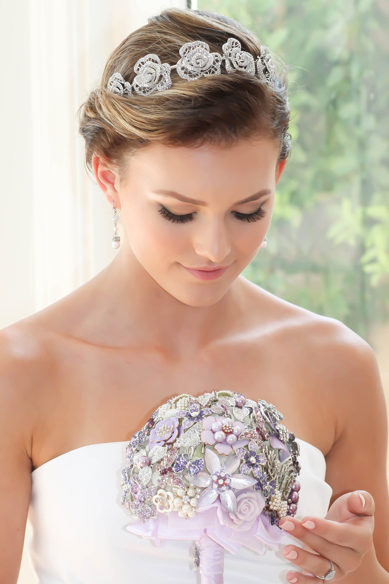BERENGERE Brooch Bouquet