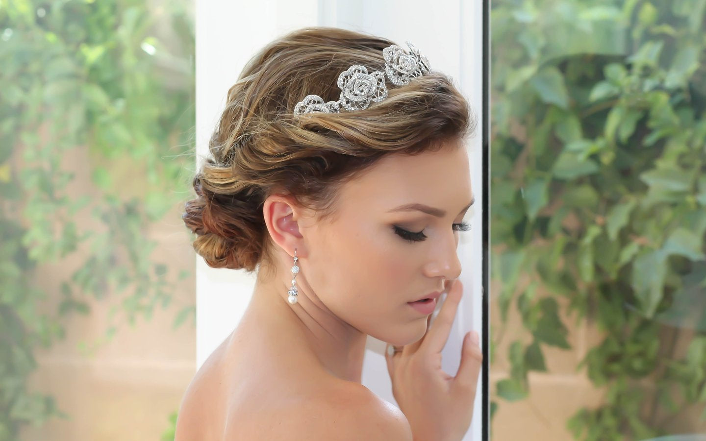 Bridal Headpiece with Veil - Bride Glamor