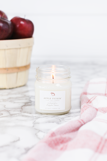 Apple Pickin 8oz Candle - Out of the Woodwork Designs