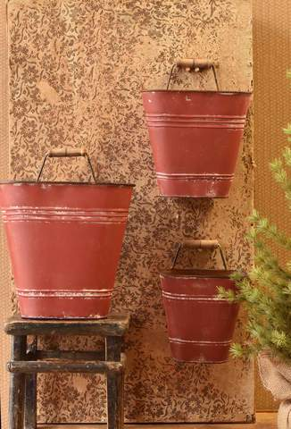 Wall Bucket Red
