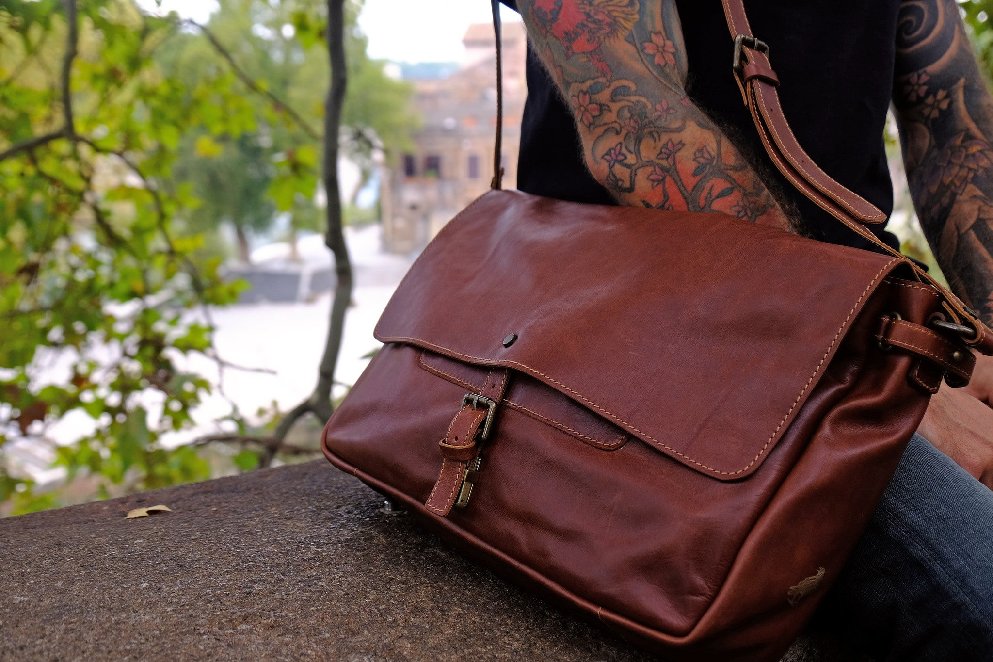 Handmade leather messenger bags, what's the use?