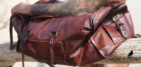 Handmade leather duffel bag by Satch&Fable
