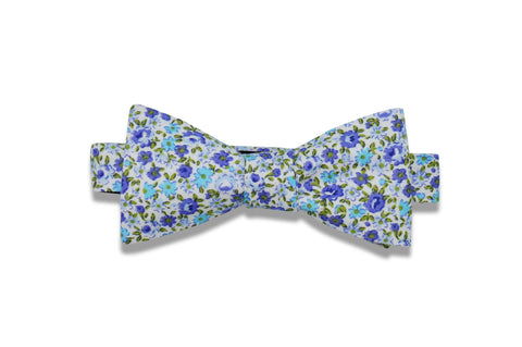Blueberry Flowers Cotton Bow Tie (pre-tied)