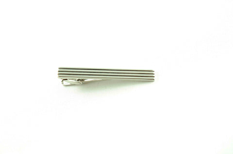 Horizontal Lines Tie Bar