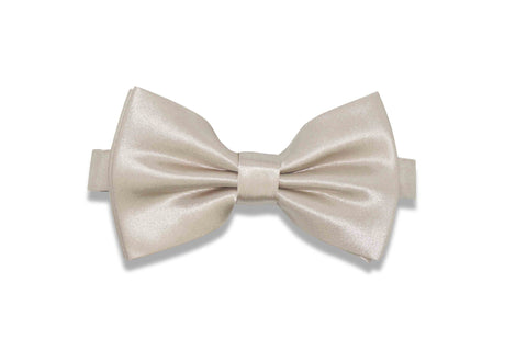 Light Champagne Bow Tie (pre-tied)