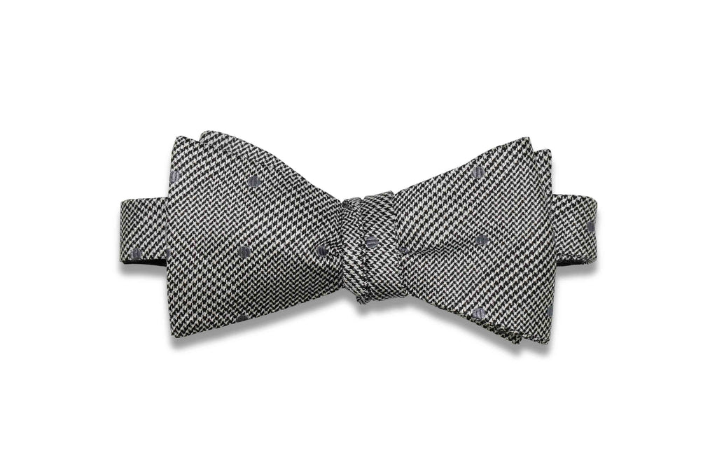 Lincoln Dotted Silk Bow Tie (Self-Tie)