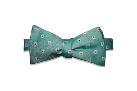 Mint Fields Silk Bow Tie (Self-Tie)