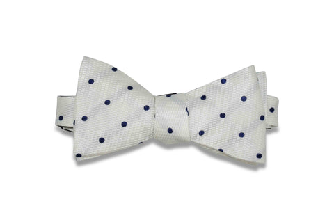 Snow Dots Silk Bow Tie (self-tie)