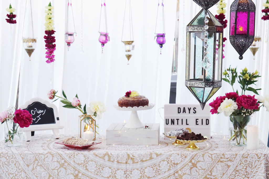 moroccan lanterns dessert table