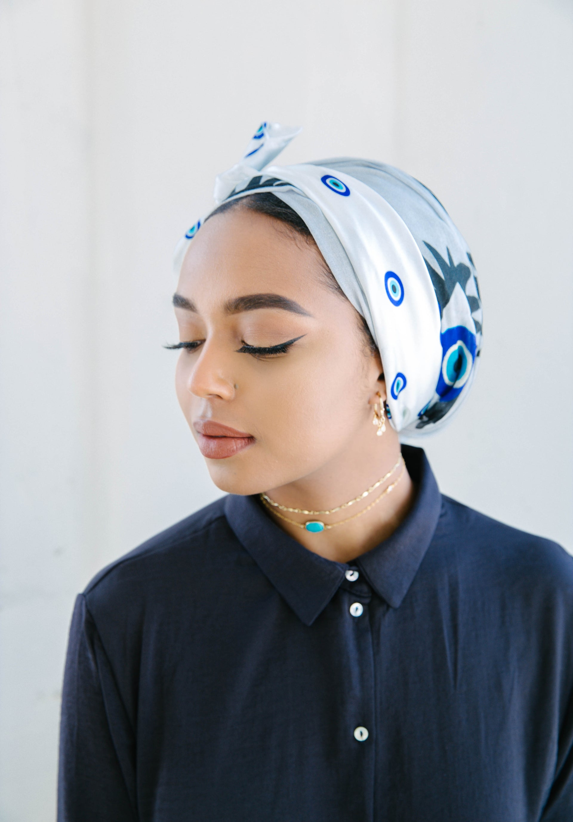 perfect_scarf_for_eid_modest_fashion_blue_and_grey