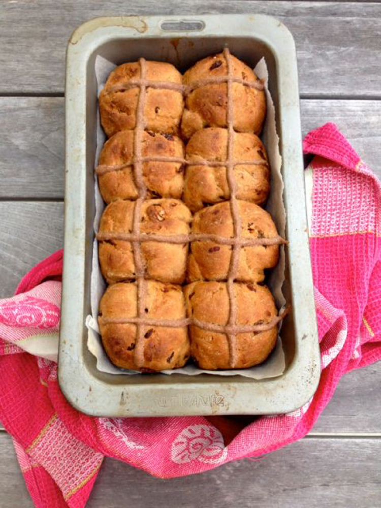 Wholemeal spelt flour hot cross buns with cacao & dates.