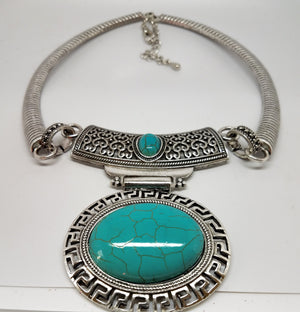 Turquoise Howlite Medallion Necklace - Pretty Princess Style