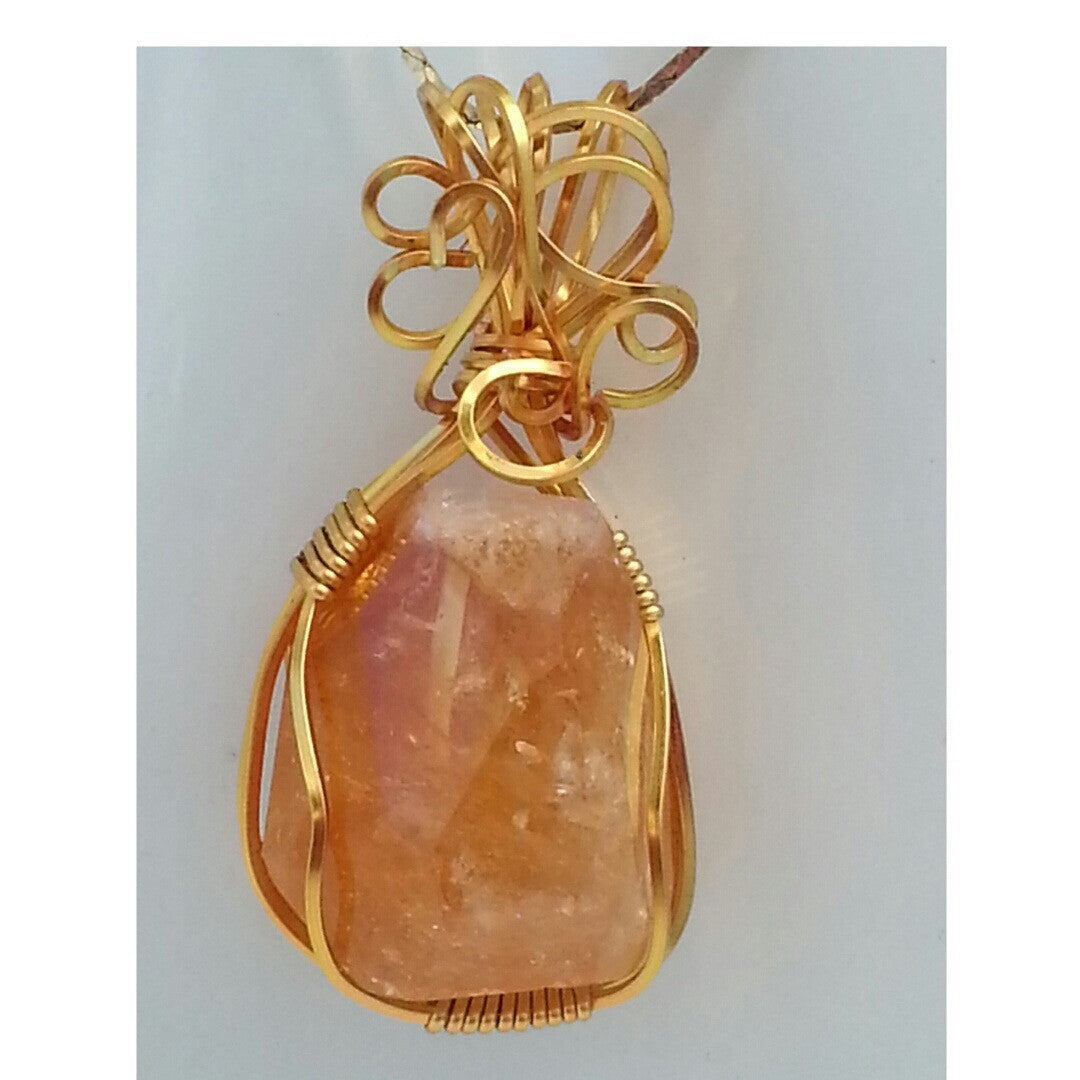 WIRE WRAPPED CITRINE ENERGY POWER PENDANT - Pretty Princess Style