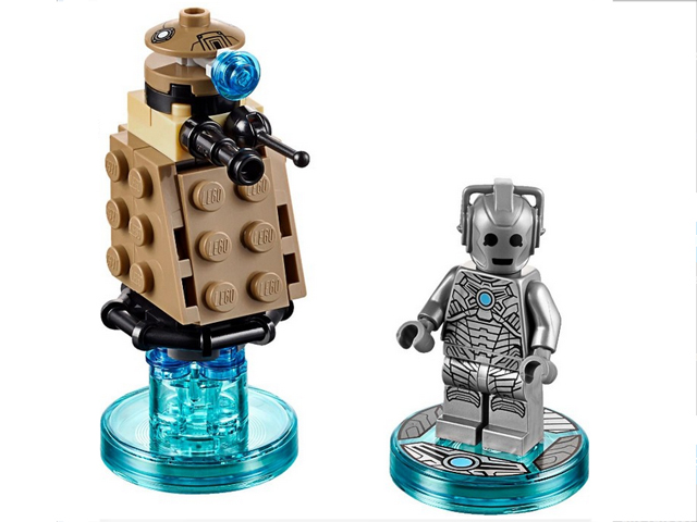 Doctor Who Cyberman and Dalek