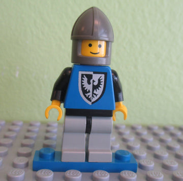 LEGO Minifigure-Black Falcon - Light Gray Legs with Black Hips, Dark Gray Chin-Guard-Castle / Black Falcons-CAS102-Creative Brick Builders