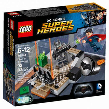 LEGO Set-Clash of the Heroes-Super Heroes / Dawn of Justice-76044-1-Creative Brick Builders
