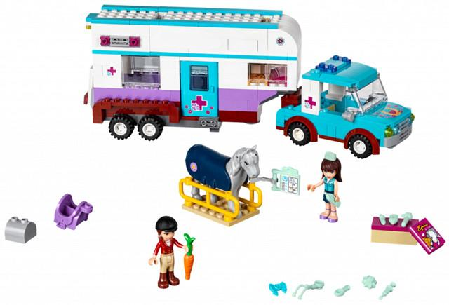 LEGO Set-Horse Vet Trailer-Friends-41125-1-Creative Brick Builders