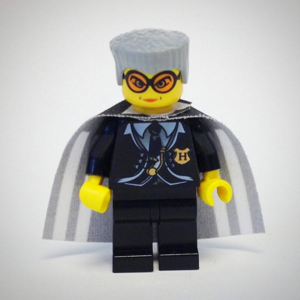LEGO Minifigure-Madame Hooch-Harry Potter / Chamber of Secrets-HP021-Creative Brick Builders