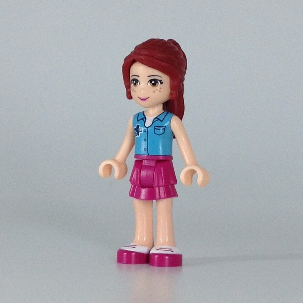 Lego 1 Head For Female Girl Minifigure Magenta Pink Glasses Spectacles
