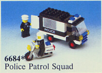 LEGO Set-Police Patrol Squad-Town / Classic Town / Police-6684-4-Creative Brick Builders
