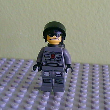 Space Police 3 Officer  2 - Airtanks