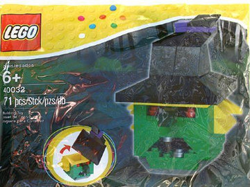 LEGO Set-Witch (Polybag)-Holiday / Halloween-40032-1-Creative Brick Builders